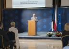 prof. Henryk Skarżyński podczas przemówienia naatrium