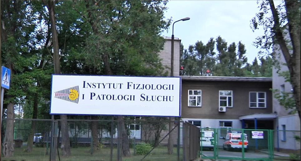 Utworzony Instytut Fizjologii iPatologii Słuchu zajął miejsce  – wodremontowanym budynku przy ul.Pstrowskiego 1 wWarszawie.