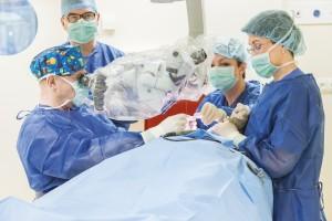 Nowa generacja implantów ślimakowych – kolejny przełom wleczeniu głuchoty