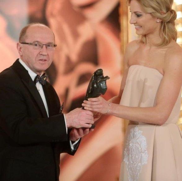 Prof. Henryk Skarżyński nagrodzony statuetką Wiktora
