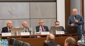 Profesor Henryk Skarżyński był jednym zuczestników debaty poświęconej możliwościom, jakie stwarza telemedycyna.
