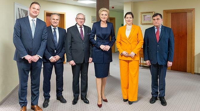 Первые леди Польши и Исландии посетили Мировой Центр Слуха