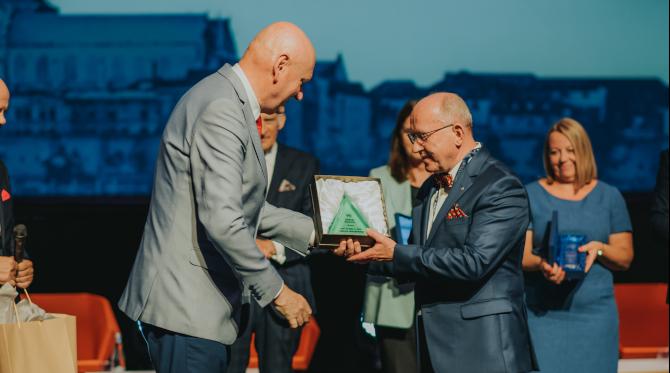 Szmaragd Welconomy dla prof. Henryka Skarżyńskiego